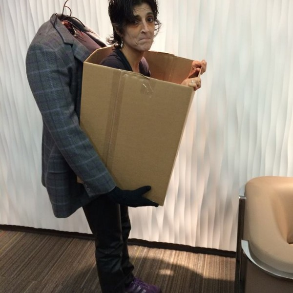 In-A-Box-Carrying-Halloween-Costume